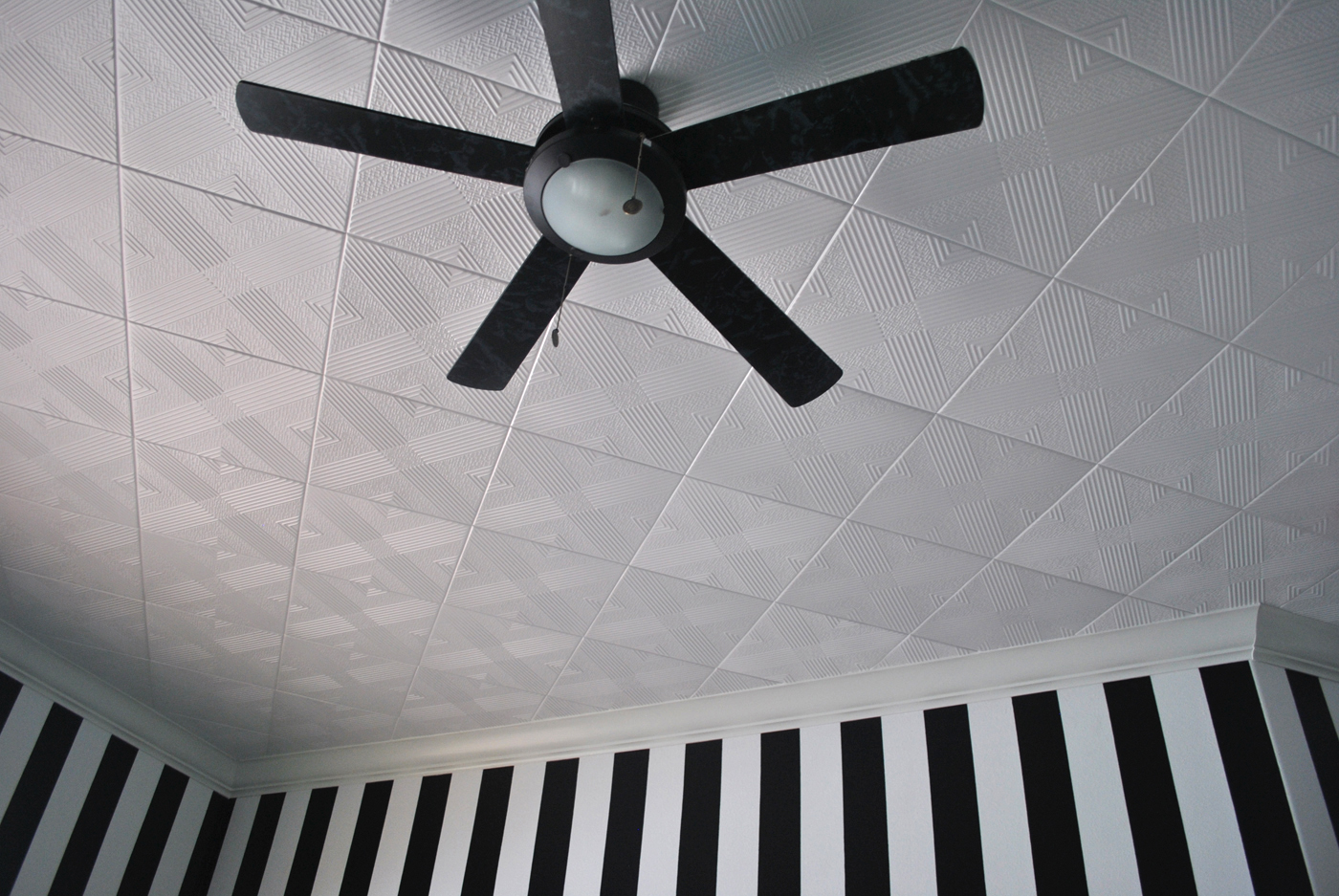 Acoustic ceiling tile paint